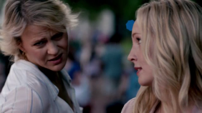 File:Liz and Caroline 5x1.,..png