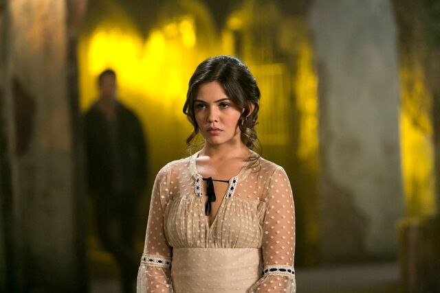 File:The Originals - Episode 1.10 - The Casket Girls - Promotional Photos (10) FULL.jpg