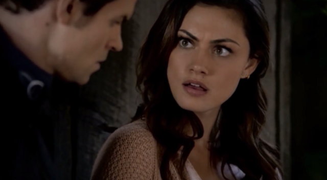 File:Elijah and Hayley in 1x7.....png