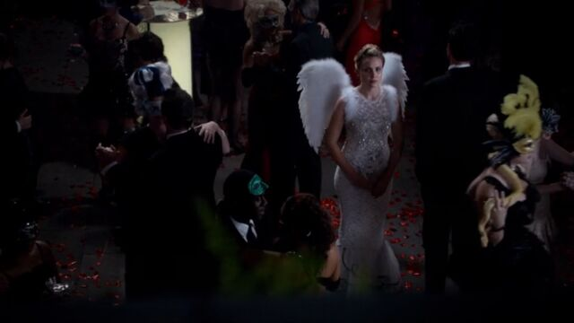 File:Camille 11 TO 1x03.jpg
