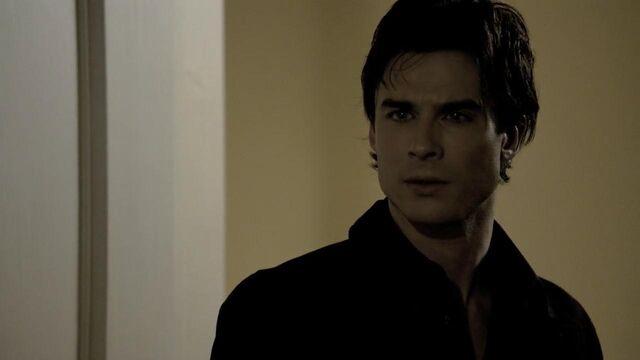 File:The.Vampire.Diaries.S01E22 - T V D F A N S . I R -.mkv snapshot 32.47 -2014.05.19 02.18.51-.jpg