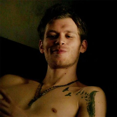 File:Joseph Morgan tattoo.jpg
