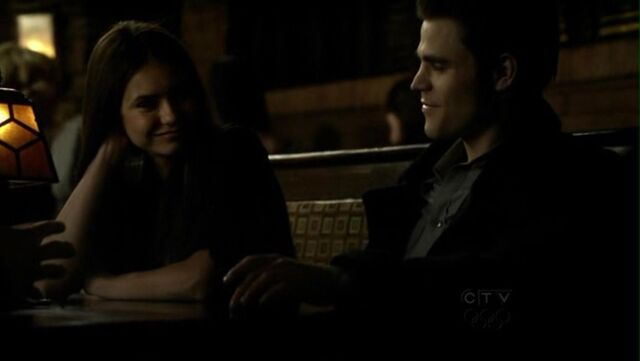 File:1x16-There-Goes-the-Neighborhood-stefan-and-elena-11231719-1248-704.jpg