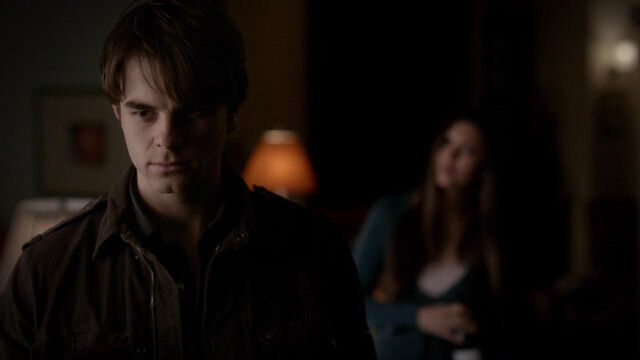 File:054-tvd-4x12-a-view-to-a-kill-theoriginalfamilycom.jpg