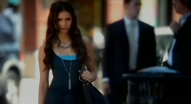 File:TVD-3x04-Katherine-knows-about-the-necklace.jpg