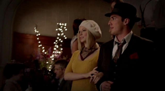 File:Caroline and Tyler in 5x5-.png