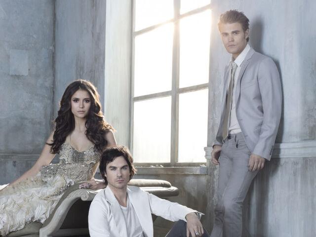 File:Cast-of-the-vampire-diaries.jpg