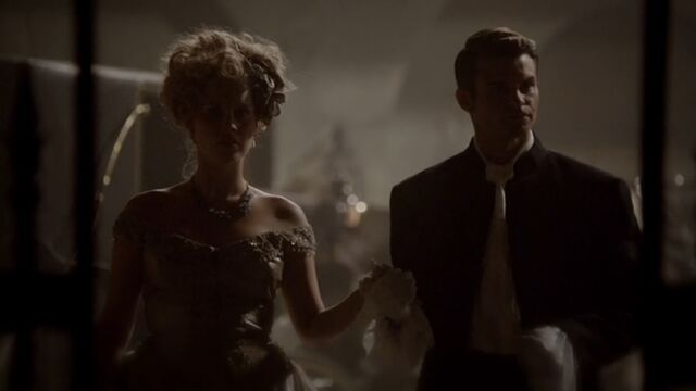 File:Elijah and Rebekah TO 1x04.jpg