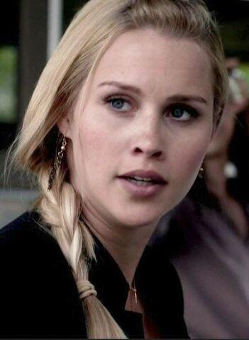 File:Rebekah 4x23.JPG