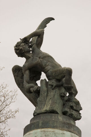 File:Fallen Angel Statue.jpg