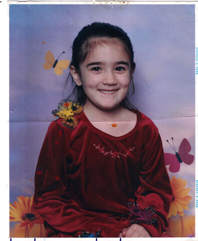 File:Five or six yearold isabella.jpg