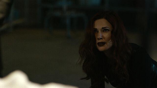 File:It Begins 1x13 Rebecca looking up.jpg