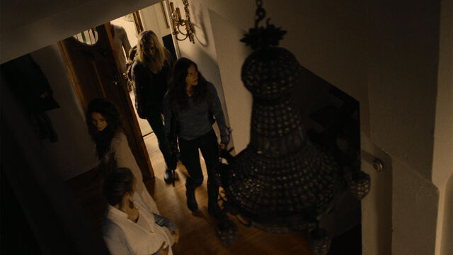 File:Stay Away 1x10 Emma, Susan and Vanessa enter a house.jpg