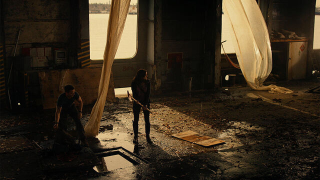 File:Stay Inside 1x03 Vanessa and Axel scavenging boat parts.jpg