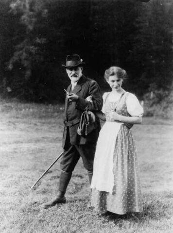 File:445px-Sigmund en Anna.jpg