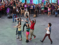 Victorious-flash-mob-3