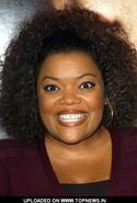 Yvette-Nicole-Brown