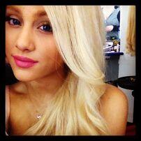 Ari blonde