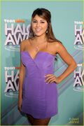 Victoria-daniella-halo-awards-03
