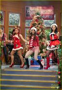 Victoria-justice-holidays-hollywood-arts-07
