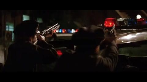 Batman Begins - The police arrive at Arkham