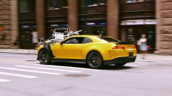 "Transformers Age of Extinction Exclusive Clip- ""Bumblebees New Look"""