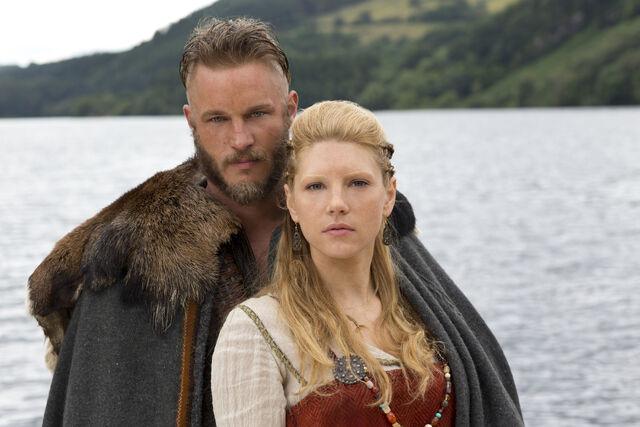 File:Ragnar & Lagertha S01P01.jpg