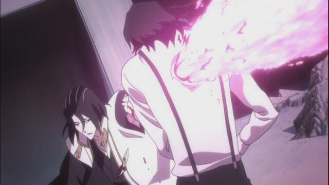 File:Byakuya-defeats-tsukishima-with-blades.jpg