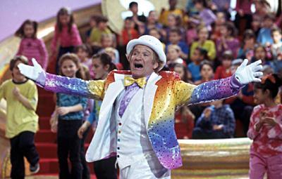 File:Rainbow Randolph sings.jpg