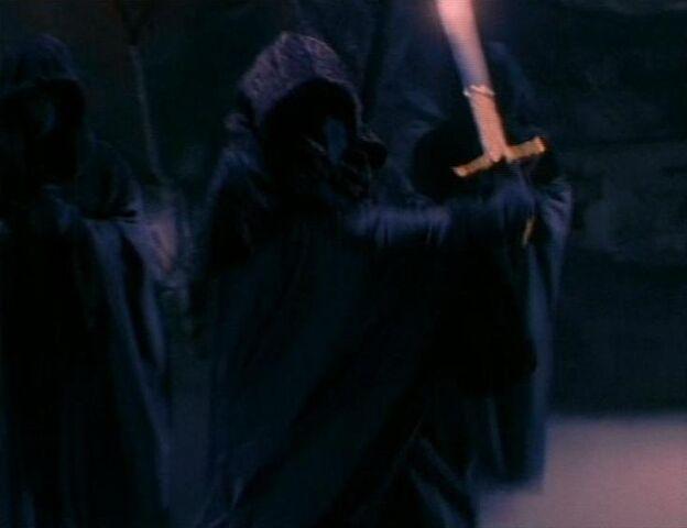 File:Shadow Priests (MK Conquest).jpg