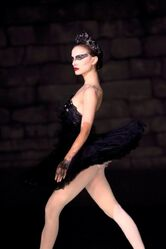 Black-swan-movie-picture-13