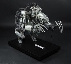Death-Machine-Frontline-Morale-Destroyer-Miniature-Puppet-1