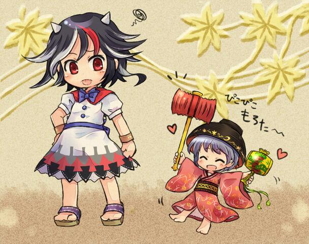 File:Siega y shinmyoumaru.jpg