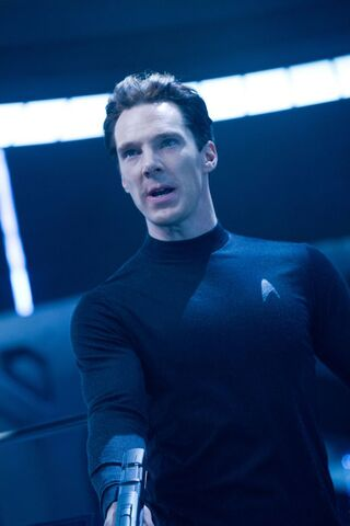 File:Benedict-Cumberbatch-Star-Trek-Into-Darkness.jpg