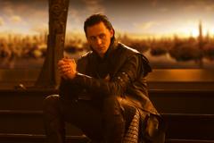 Loki Sitting