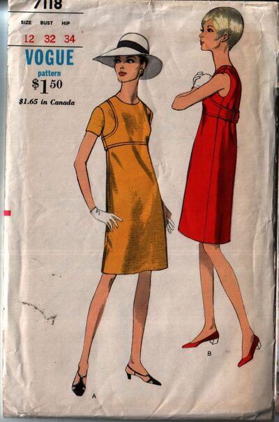 Vogue 7118 front