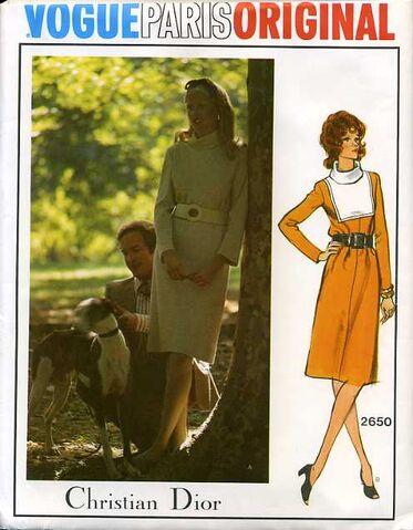 File:Vogue2650.jpg