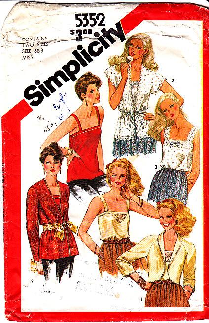 Simplicity-5352-81-6-8