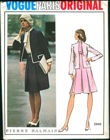 File:Vogue2845.jpg