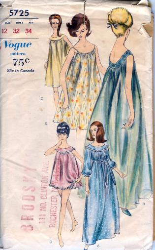 5725V 1960s nightwear