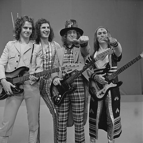 File:Slade (1973).png