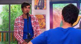 Luca singing (5)