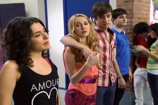 Violetta-episodio1-02