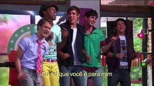Violetta Momento musical - Os meninos cantam no bar