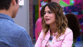 Photo-la-saison-2-de-violetta-des-le-2-septembre-sur-disney-channel-51c8478ec4615