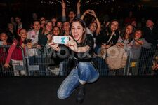 1423694544-the-smiling-lodovica-comello-meets-her-fans-in-turin 6877957