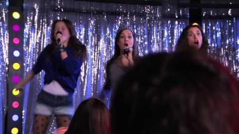 Violetta Las chicas cantan ¨Veo Veo¨ (Ep 65 Temp 2)