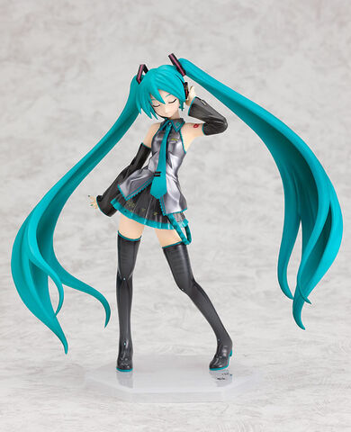 File:Hatsune Miku 1 8 figurine - CM ver.jpg