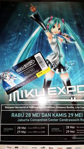 File:MikuX.jpg