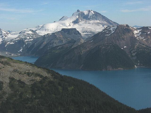 File:Mount Garibaldi3.jpg